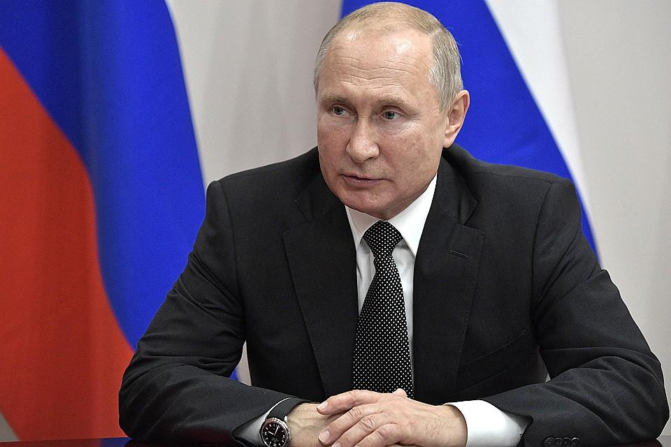 Ушаков допустил возможность проведения встречи Путина и Зеленского