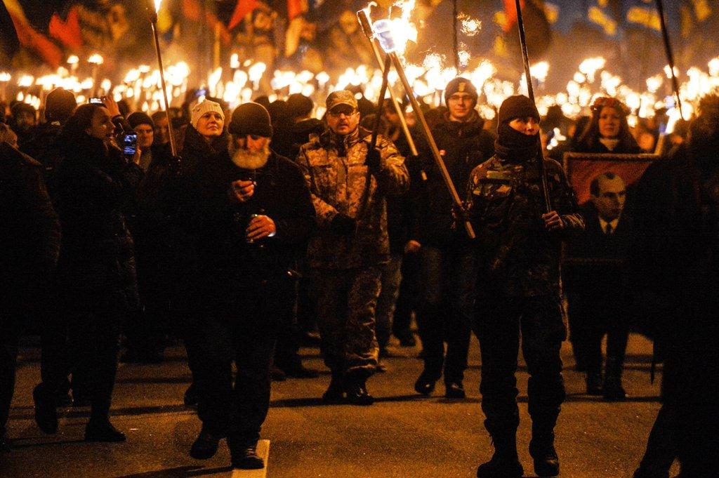 Резидент Сomedy Club пожаловался на толпы фашистов в Киеве