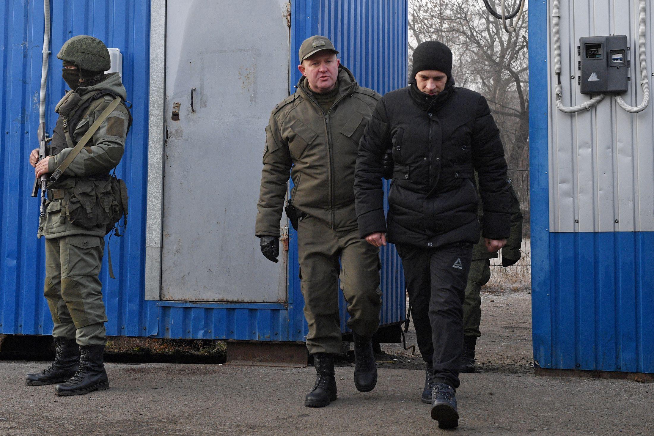 ДНР и ЛНР привезли украинских пленных для обмена на окраину Горловки