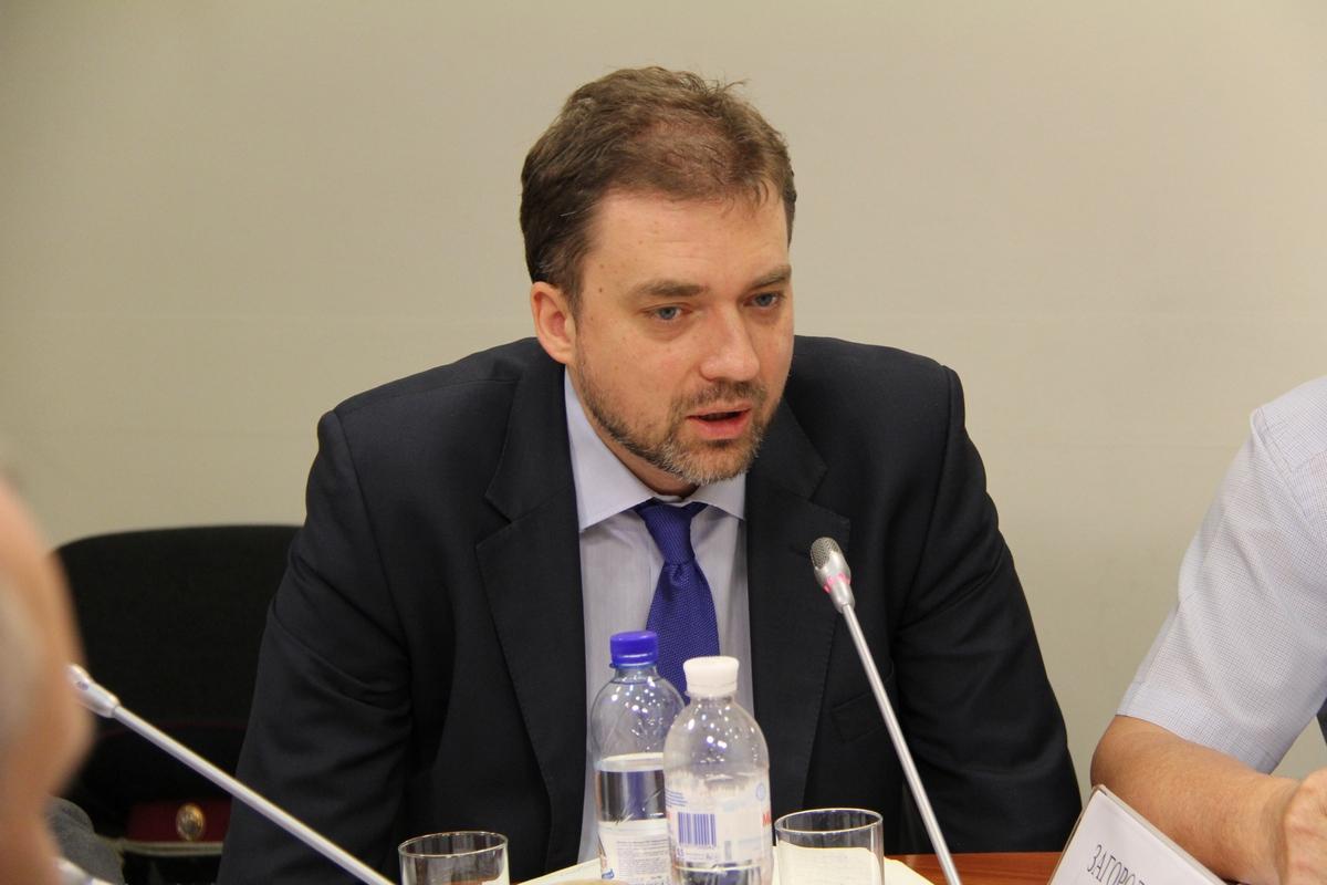 Министр обороны Украины считает, что страна должна показать единство