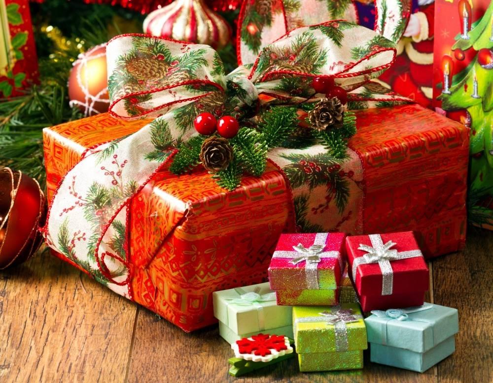 Необычные новогодние подарки для друзей