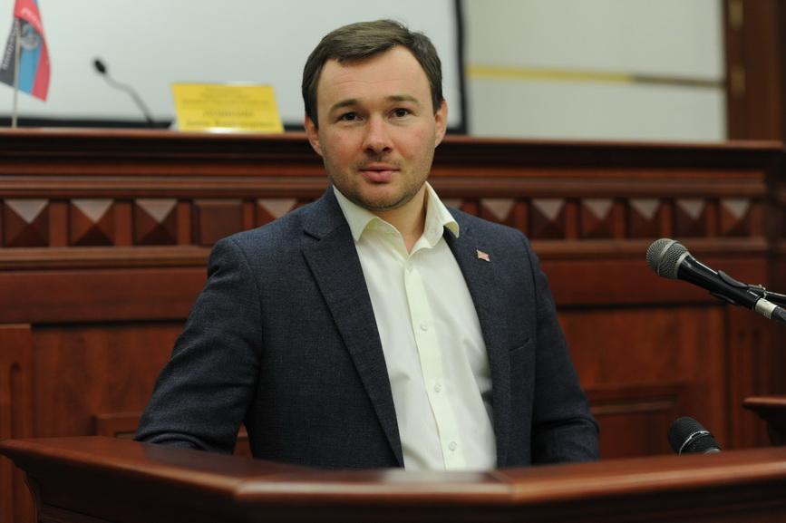 Парламент ДНР досрочно лишил депутатского мандата Евгения Орлова в связи с утратой доверия