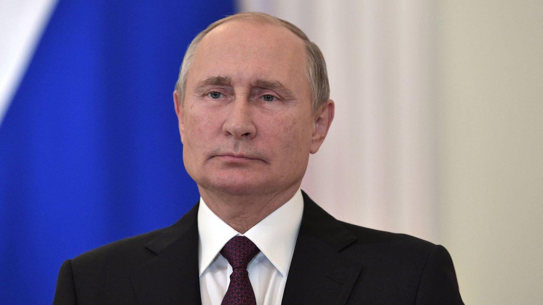 Президент РФ Владимир Путин провел телефонный разговор с Зеленским