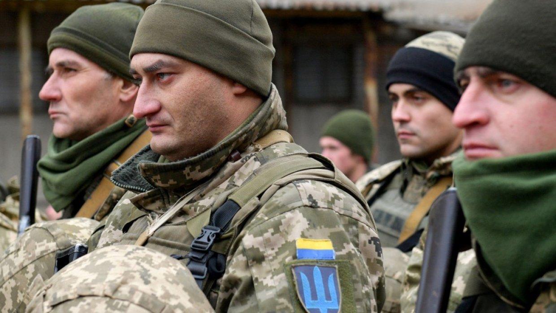Украинские силовики за сутки 13 раз нарушили режим прекращения огня