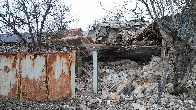 Хозпостройки на северной окраине Горловки повреждены огнем ВСУ