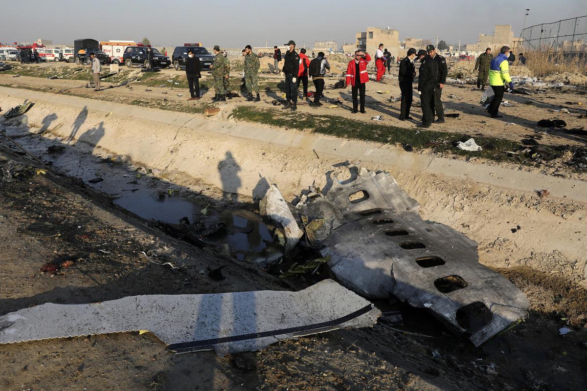 В Иране рухнул украинский лайнер со 180 пассажирами