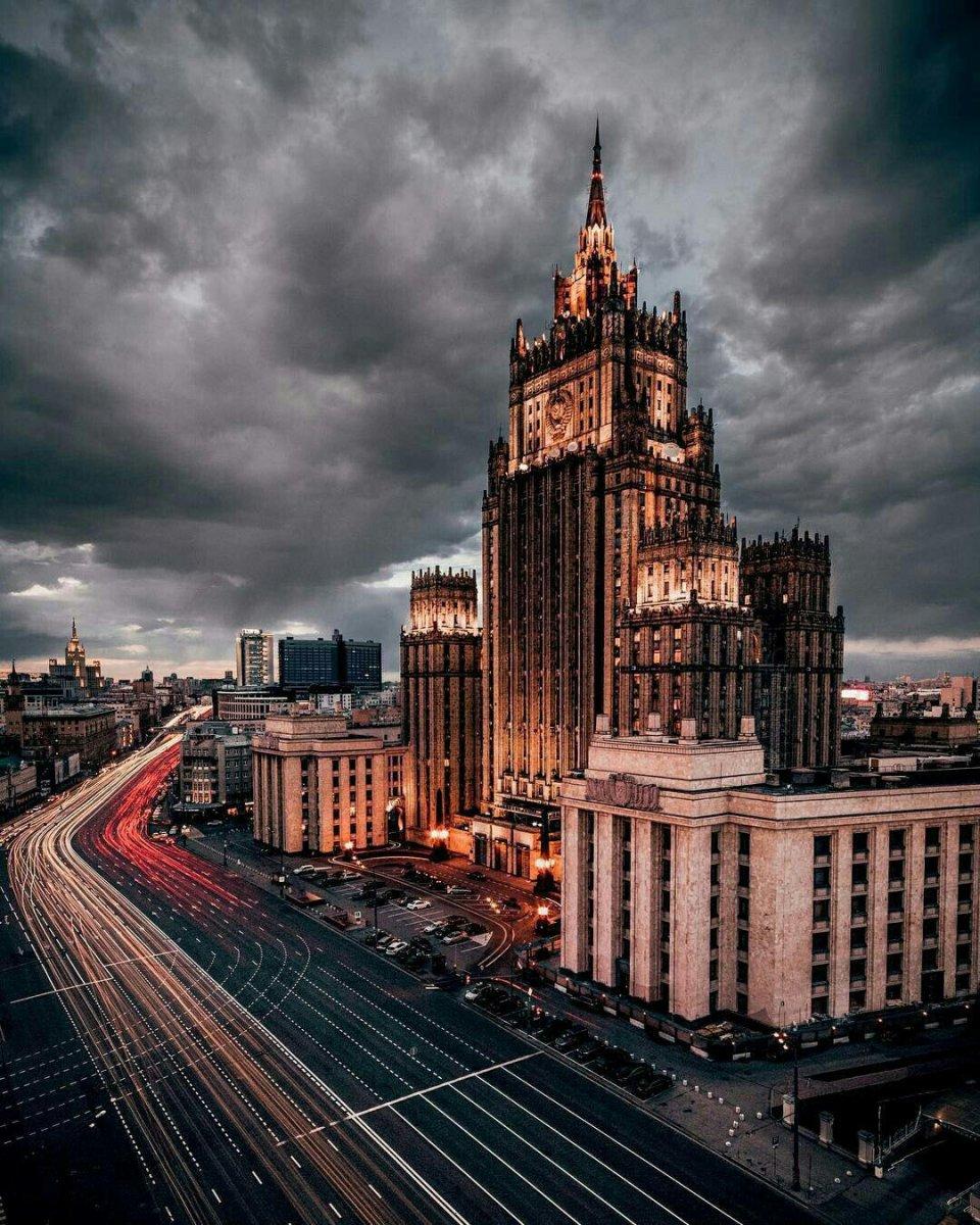 Ни одно из Минских соглашений до конца не выполнено, заявили в МИД РФ